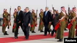Obama në aeroportin e Amanit