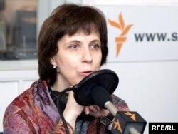Зоя Светова в студии Радио Свобода