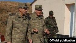 Zakir Həsənov və Nəcməddin Sadıqov (Arxiv foto)
