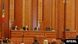Депутаты оппозиционных партий намерены бойкотировать выборы президента Молдавии