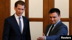 Себастіян Курц (л) і Павло Клімкін (п) під час зустрічі в Києві, 7 червня 2017 року