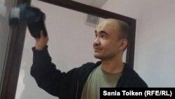 Гражданский активист Макс Бокаев в суде. Атырау, 3 июня 2016 года.