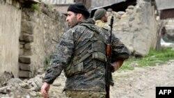 Ополченец во время апрельской войны 2016 года