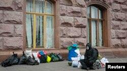 Участник протестов у здания мэрии Киева