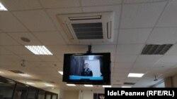 Александр Шабарчин на видеосвязи с судом