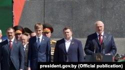 Зьлева направа: Віктар, Мікалай, Дзьмітрый, Аляксандар Лукашэнка