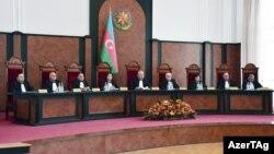 Ադրբեջանի Սահմանադրական դատարանի պլենումը քննարկում է երկրի նախագահի դիմումը, Բաքու, 4-ը դեկտեմբերի, 2019թ․