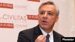 Экс-глава МИД Армении, руководитель фонда «Сивилитас» Вардан Осканян