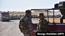 سازمان گزارشگران حقوق بشر سوریه می گوید: نیروهای رژیم بشار اسد تنها چهار کیلومتر با شهر میدان فاصله دارند.