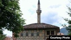 Шарената џамија во Тетово.