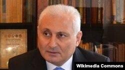 Hikmət Babaoğlu