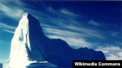 کوه یخ در گرینلند