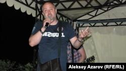 Шоумен и блогер Вячеслав Неруш. Алматинская область, 28 июня 2014 года.