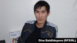 Кайрат Досмагамбетов в урологической клинике в Алматы. 17 октября 2013 года.