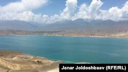 Қырғызстандағы Тоқтоғұл суқоймасы.