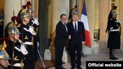 Президент Казахстана Нурсултан Назарбаева (слева) и президент Франции Франсуа Олланд.