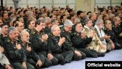 ایالات متحده در حال حاضر دهها فرد و نهاد مرتبط با سپاه پاسداران را در فهرست سیاه خود قرار داده است.