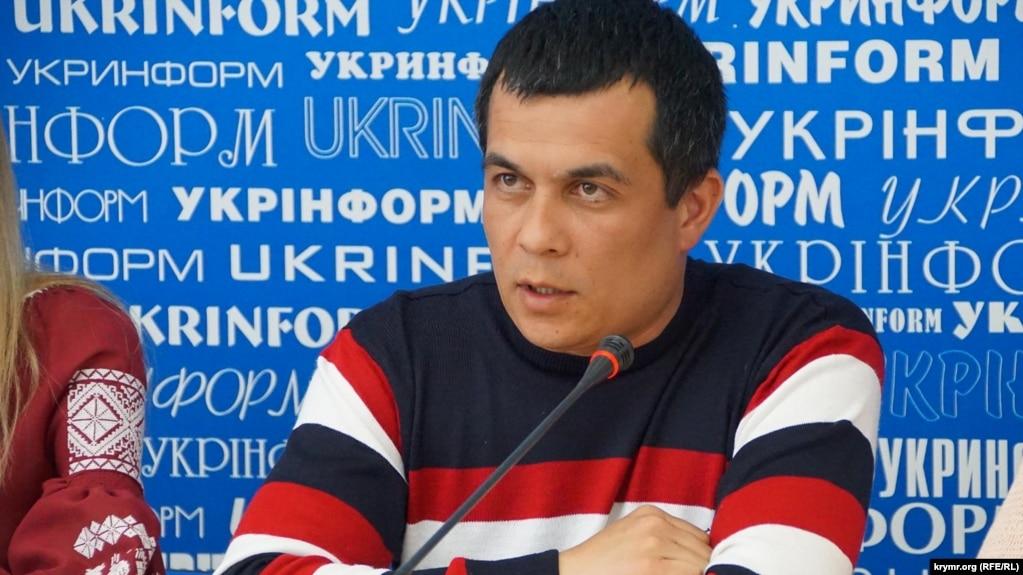 В Крыму прокурор вручил предостережение адвокату Курбединову