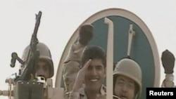 Саудовские военные входят в Бахрейн