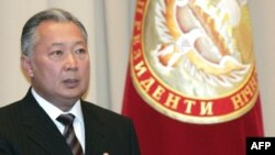 Are President Kurmanbek Bakiev's lips moving?