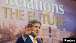 Держсекретар США Джон Керрі виступає на інвестиційній конференції в Єгипті, 14 березня 2015 року