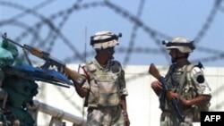 سربازان عراقی در حال گشت در خیابان های بغداد. عکس از afp