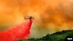 گستره آتشسوزی در ایالت کالفرنیا به حدود هشتاد هزار هکتار رسیده است