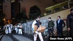 İstanbuldakı konsulluqda axtarış, arxiv fotosu