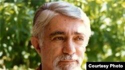 نادر نادرپور؛ شاعر معاصر ایرانی