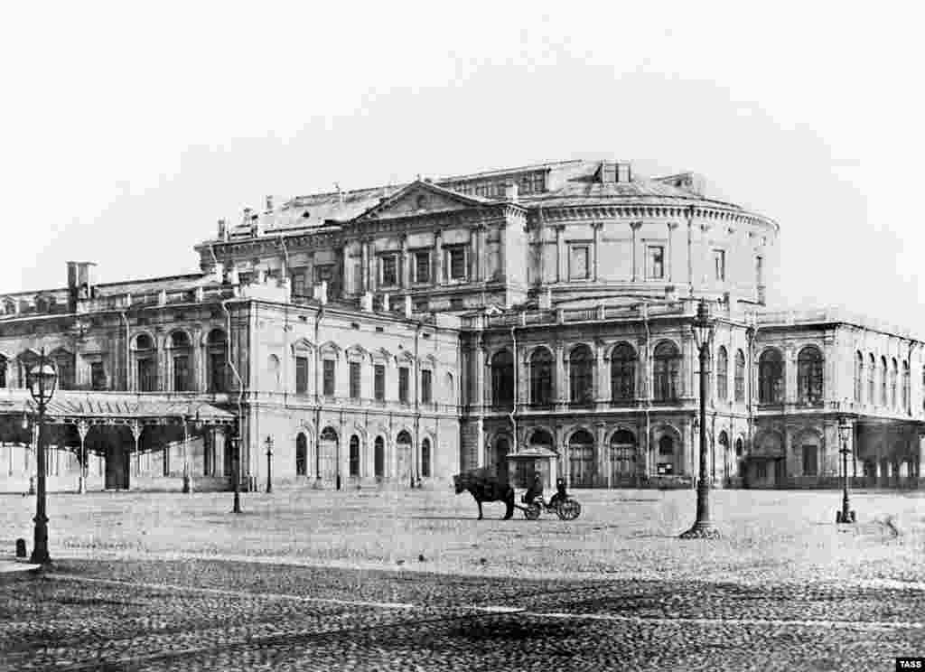 A 1902 view of the Mariinsky Imperial Theater, which was built in 1860. It hosted countless premieres from treasured Russian artists including Tchaikovsky, Glinka, Mussorgsky, Prokofiev, Rimsky-Korsakov, and Petipa.