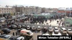 """Бишкектеги """"Ош базарынын"""" тегереги"""