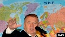 Иногда лидер ЛДПР выглядит как почти ушедший на покой крестный отец своей партии, но, если речь заходит о предстоящих выборах, глаза Жириновского опять загораются