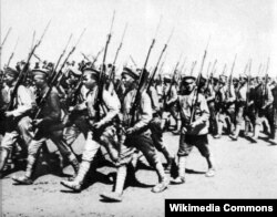 Харьков қаласындағы Қызыл Армия парады. Украина, 1920 жыл.
