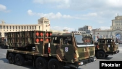Armenia - Chinese-made WM-80 multiple-launch rocket systems are displayed during a military parade in Yerevan, 21Sep2011.