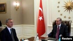 Jens Stoltenberg i Redžep Tajip Erdogan