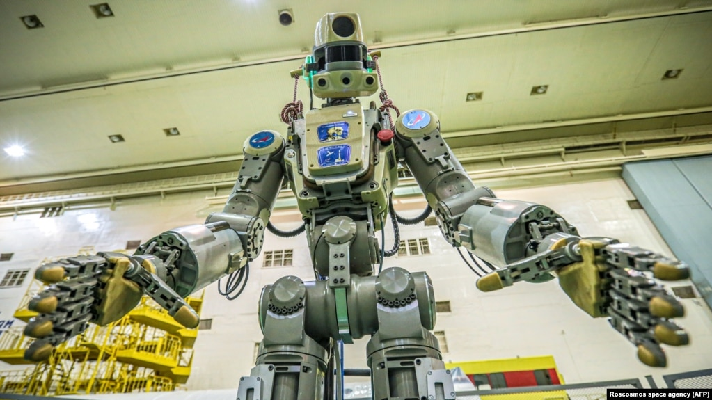 Картинки по запросу Космическая одиссея робота Федора