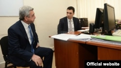 Armenia -- President Serzh Sarkisian visits the Ministry of Economy, Yerevan,13 Dec2013