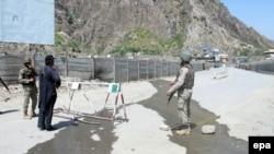 د ارشیف انځور: پاکستان ځه باندې یوه میاشت د افغانستان سره خپله پوله تړلې وه.