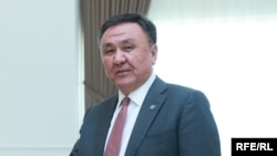 Кубанычбек Өмүралиев.
