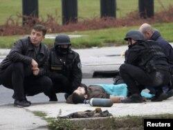 Akciju svladavanja Mevlida Jašarevića provele su policijske snage MUP-a Kantona Sarajevo, Federalne uprave policije i Državne agencije za istrage i zaštitu (SIPA)