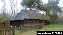 Старая гаспадарчая пабудова ў Панасавічах