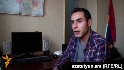Armenia -- History teacher Karpis Pashoyan, Yerevan, 14Dec2015