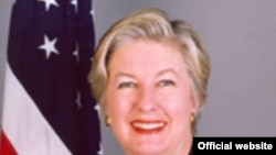 Ambasadoarea Pamela Hyde Smith