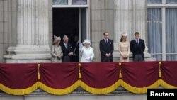 Familja mbretërore e Britanisë