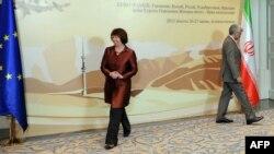 سعید جلیلی و کاترین اشتون، مذاکره کنندگان ایران و گروه ۱+۵ در نشست قزاقستان