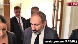 Премьер-министр Никол Пашинян беседует с Радио Азатутюн, Ереван, 10 октября 2018 г.