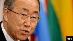 Генеральный секретарь ООН Пан Ги Мун на брифинге по поводу ситуации в секторе Газа
