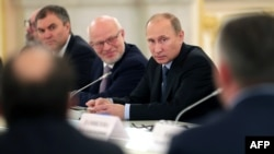 Ռուսաստանի նախագահ Վլադիմիր Պուտինը վարում է Մարդու իրավունքների և քաղաքացիական հասարակության զարգացման խորհրդի նիստը, արխիվ