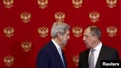 Керри и Лавров во время встречи в Москве 15 декабря 2015 года