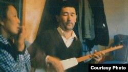 Көлдүк шайырлар. Иштван Санта тарткан сүрөт, 1994-жыл